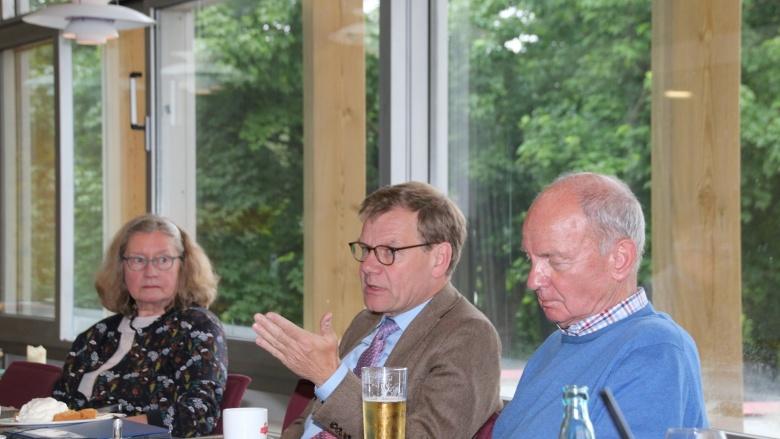 Johann Wadephul vor Ort: Bei der SeniorenUnion Eckernförde