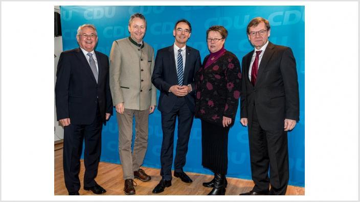 Wilhelm Blöcker mit Hauke Göttsch, MdL, Ingbert Liebing, MdB, Wiebke Stöllger und Johann Wadephul, MdB
